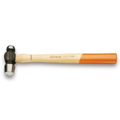 Beta 1377 Gömbfejű lakatos kalapács, amerikai modell, fanyéllel