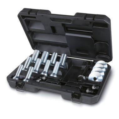 Beta 1569/B Szerszámkészlet szilentblokkok, olajvédő gumik kerékcsapágyak lehúzásához és behelyezéséhez